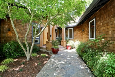 25 Manor Road Kentfield Home for Sale offered by Peter and Karin Narodny with Frank Howard Allen