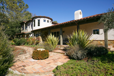 25 Martling Road Sleepy Hollow San Anselmo offered for Sale by Peter and Karin Narodn with Frank Howard Allen