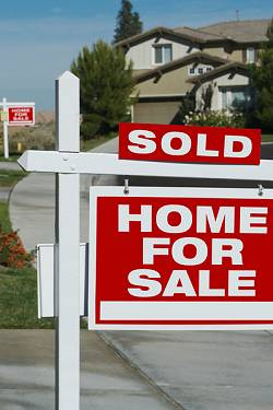 Home Selling Tips on How to Price Your Home to Sell offered by Peter and Karin Narodny