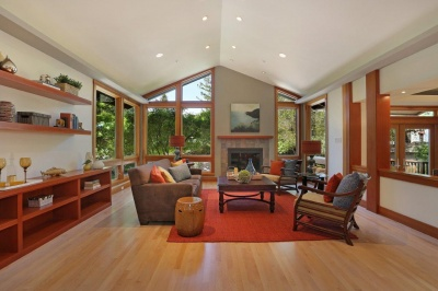 25 Manor Road Kentfield Property for Sale offered by Peter and Karin Narodny with Frank Howard Allen