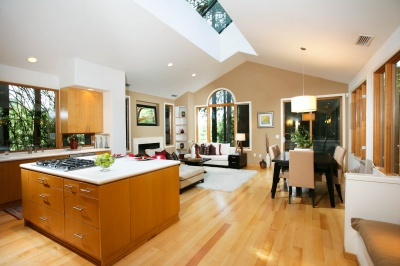 41 Renz Road in Mill Valley New Listing offered by Peter and Karin Narodny with Frank Howard Allen